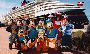 Ο Μίκυ Μάους βρέθηκε στη... Ρόδο: Κρουαζιέρα Disney Magic στην Ελλάδα!