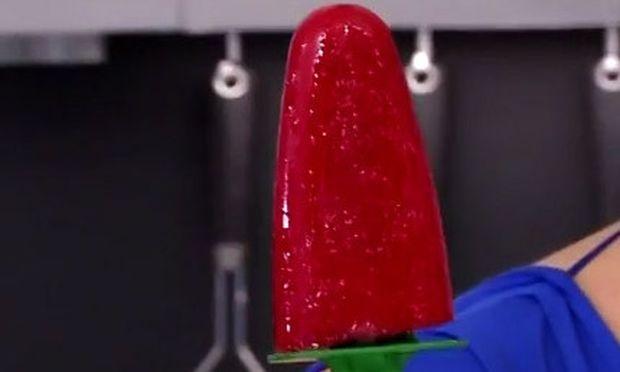 Συνταγή για φανταστική γρανίτα φράουλα! (βίντεο)