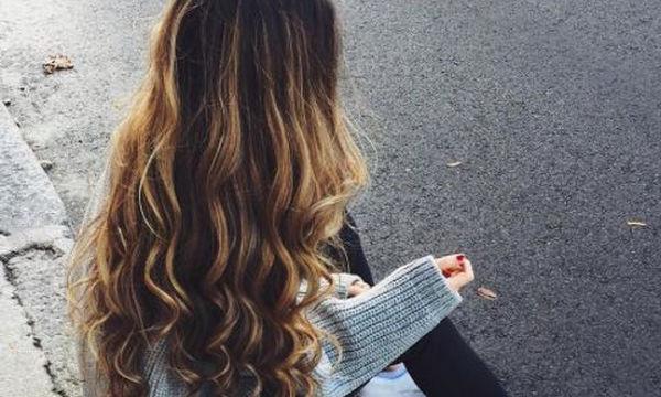 Απίστευτο! Έτσι θα μακρύνουν πολύ εύκολα και γρήγορα τα μαλλιά σας