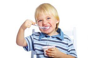 Γιαούρτι: Γιατί πρέπει να υπάρχει στο διαιτολόγιο των παιδιών!