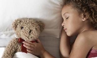 10 συμβουλές για να έχουν εύκολο ύπνο τα παιδιά σας!