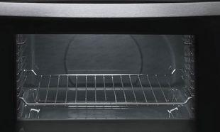 Δε θα πιστέψετε με τι μπορείτε να καθαρίσετε το φούρνο!