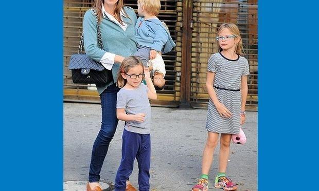 «Είμαι αυστηρή μητέρα. Απαγορεύω στα παιδιά μου να έχουν κινητό»-Ποια πασίγνωστη ηθοποιός το είπε;
