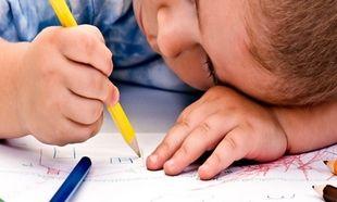Πώς θα καταλάβω αν το παιδί μου έχει δυσγραφία;