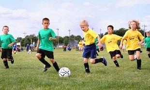 Ποια είναι η κατάλληλη ηλικία για να αρχίσει το παιδί μου να κάνει σπορ;