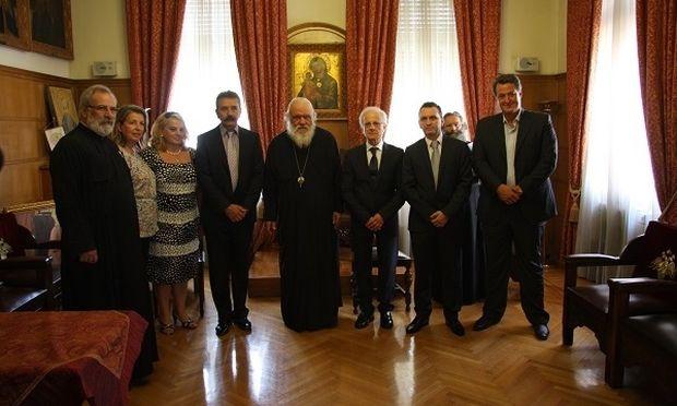 Η κλινική ΡΕΑ προσφέρει ΔΩΡΕΑΝ ιατρικές υπηρεσίες στο ΚΕΣΟ (Κέντρο στήριξης οικογένειας) της Ιεράς Αρχιεπισκοπής Αθηνών!