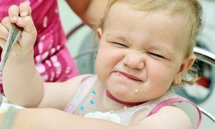 Το μωρό μου λερώθηκε με φρουτόκρεμα! Πώς βγαίνει ο λεκές;