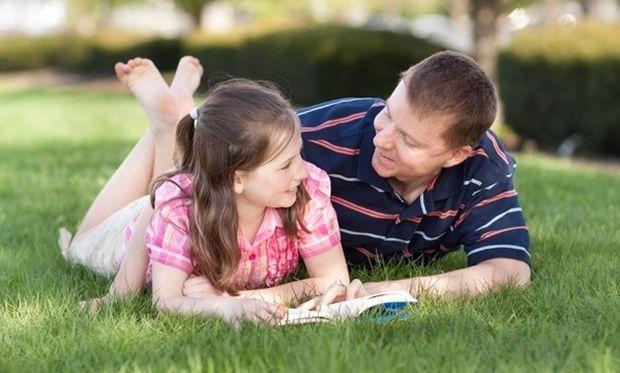 Πώς θα γίνει ένας πατέρας πρότυπο για την κόρη του;