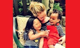 Με αυτό τον τρόπο η Κάθριν Χέιγκλ, καταφέρνει να βάζει τα παιδιά της για ύπνο χωρίς γκρίνια!
