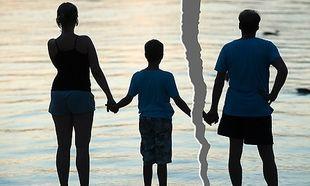 Οι αρνητικές επιπτώσεις του διαζυγίου στις μαμάδες και στα παιδιά