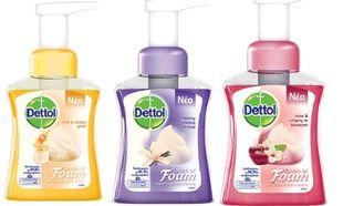 Νέο Dettol Touch of Foam Σκληρό με τα βακτηρίδια και απίστευτα απαλό με το δέρμα!