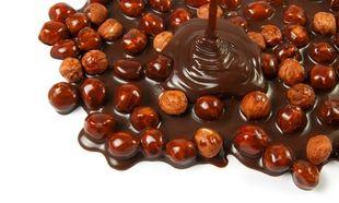 Υπέροχα σοκολατάκια με 2 υλικά!