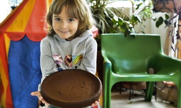 Φθινοπωρινό κέικ σοκολάτας με κάστανο  χωρίς γλουτένη! Από την Κατερίνα Γεράρδου και τον μπαμπά της