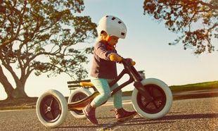 Αυτό το παιδικό ποδήλατο είναι φτιαγμένο από ανακυκλωμένο χαλί!