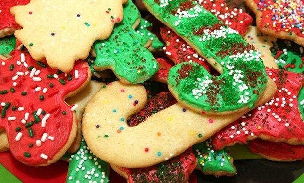 Συνταγή για χριστουγεννιάτικα μπισκότα με 6 υλικά!