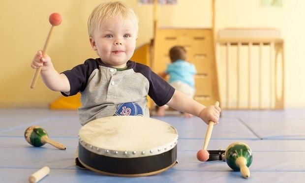 Βάλτε τη μουσική στη ζωή του παιδιού σας, κάνει καλό! Δείτε γιατί!