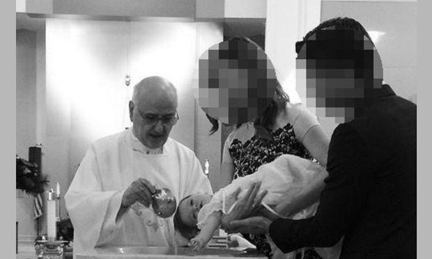 Αυτοί οι διάσημοι γονείς βάφτισαν την μικρή τους! (εικόνες)