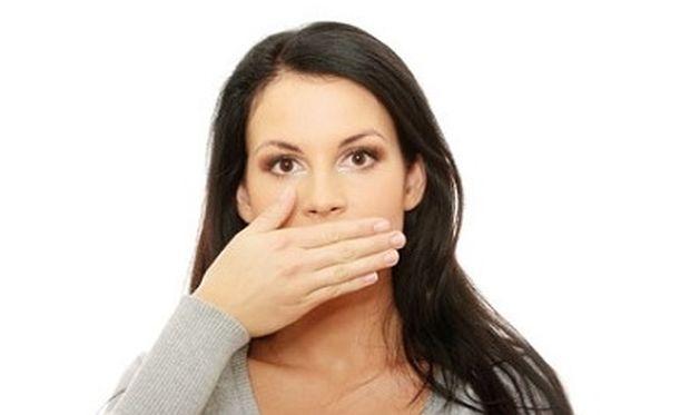 Έτσι θα αντιμετωπίσετε την κακοσμία του στόματος!