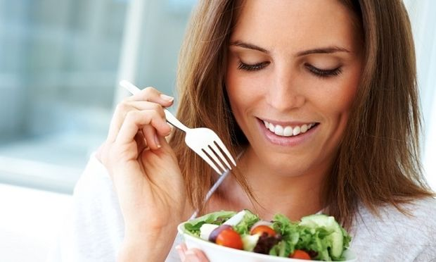 Διατροφικές συνήθειες που μας κάνουν να γερνάμε: Και όμως υπάρχουν!