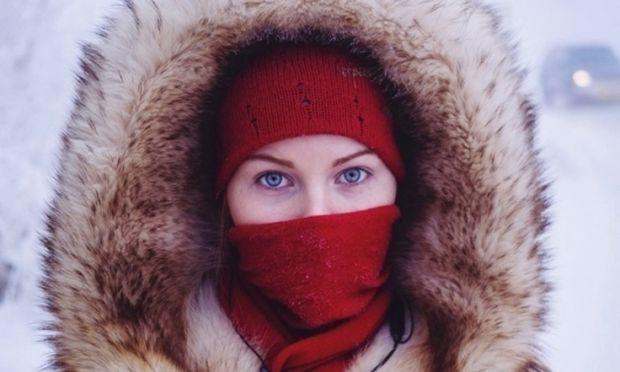 Εντυπωσιακές εικόνες από την πιο παγωμένη πόλη της γης