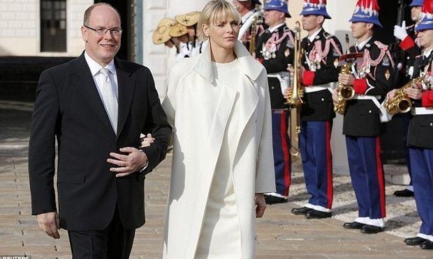 Πρίγκιπας Αλβέρτος-Πριγκίπισσα Σαρλίν: Η πρώτη δημόσια εμφάνιση των διδύμων τους! (εικόνες)