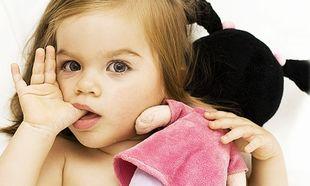 Αυτοί είναι οι μαγικοί τρόποι για να σταματήσει το παιδί να «πιπιλάει» το δάχτυλό του!