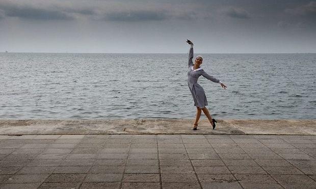 Άννα Αθανασιάδη: Γνωρίστε τη χορογράφο των θεατρικών επιτυχιών και εγγονή της Λίντα Άλμα!