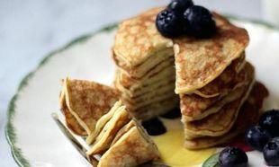 Συνταγή για υγιεινά pancakes με τρία μόνο υλικά!