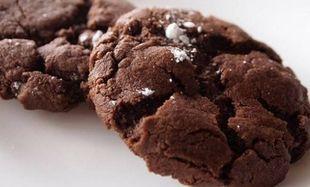 Συνταγή για σοκολατένια γεμιστά μπισκότα!