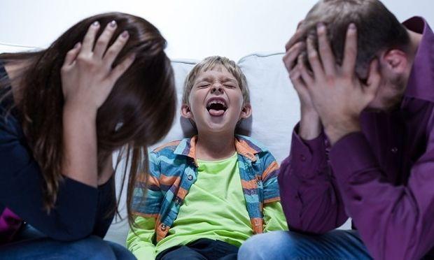 Πέντε πράγματα που κάνουν τα παιδιά για να δοκιμάσουν τα όρια των γονέων.