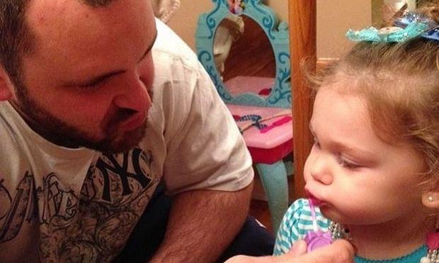 Είκοσι εικόνες που αποδεικνύουν ότι και οι μπαμπάδες τα καταφέρνουν εξίσου καλά με τα παιδιά τους!