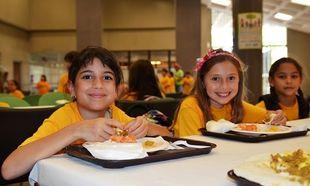 Αυτά είναι τα γεύματα που τρώνε τα παιδιά στα ολοήμερα σχολεία ανά τον κόσμο!(εικόνες)