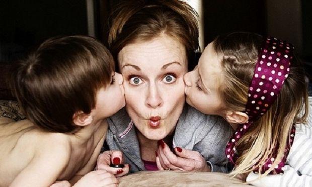 Η εξομολόγηση μία μαμάς: «Υπάρχει άραγε η τέλεια σύντροφος και μητέρα;»