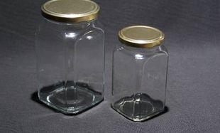 Να το κόλπο για να μη μυρίζουν τα βάζα όταν είναι άδεια!