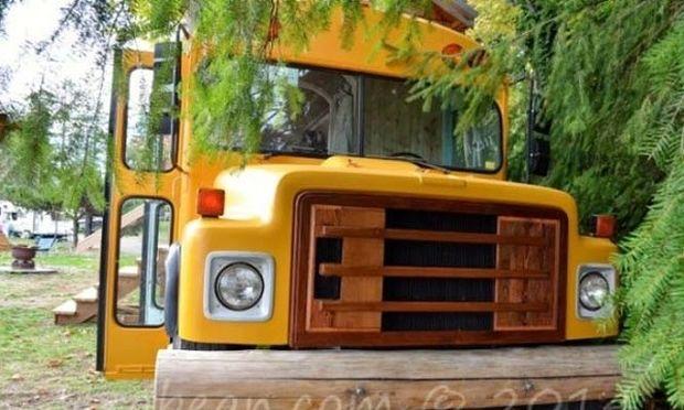 Δε θα πιστεύετε στα μάτια σας! Δείτε σε τι μετατράπηκε ένα σχολικό λεωφορείο (εικόνες)