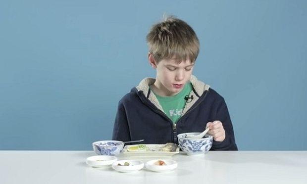 Δείτε τι συμβαίνει όταν παιδιά στην Αμερική δοκιμάσουν πρωινό των άλλων χωρών! (βίντεο)