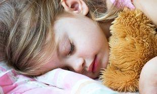 «Εσένα το παιδί σου κοιμάται το μεσημέρι;»