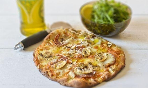 Η καλύτερη πίτσα φτιάχνεται στο σπίτι, από τον Γιώργο Γεράρδο!