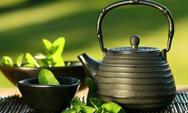 Πέντε λόγοι για να πίνουμε πράσινο τσάι! Συμβουλεύει η διατροφολόγος Ευσταθία Παπαδά