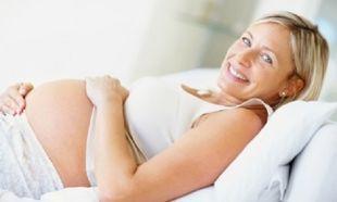 Νέα έρευνα: Οι γυναίκες που γεννάνε μετά τα 35 ζουν περισσότερο!