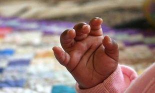 Σοκ: Κλείδωσε στο συρτάρι το μωρό και εκείνο πέθανε