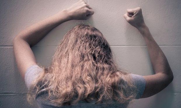«Έζησα το bullying από τον κολλητό μου φίλο», μια 18χρονη εξομολογείται στο Mothersblog!