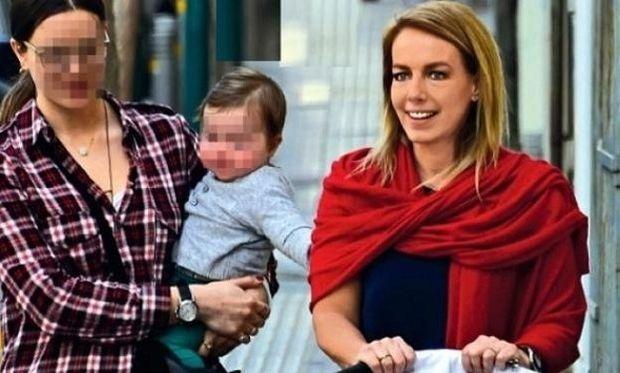 Δανάη Στράτου: Για ποιο λόγο η σύζυγος του Γιάνη Βαρουφάκη σέρνει παιδικό καρότσι; (εικόνα)