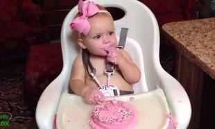 Τα πιο απολαυστικά αξέχαστα πρώτα γενέθλια! Ένα βίντεο που πρέπει να δείτε!