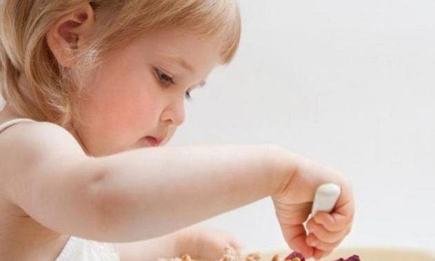 Πώς θα αντιμετωπίσουμε την αυξημένη χοληστερόλη στα παιδιά; Από τη διατροφολόγο Ευσταθία Παπαδά!
