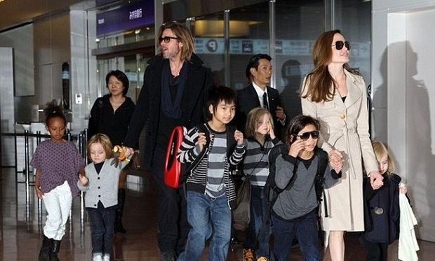 Μπραντ Πιτ-Αντζελίνα Τζολί: Αποκαλύφθηκε πόσες νταντάδες έχουν για τα παιδιά τους!