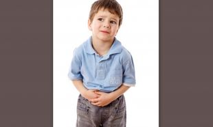 Πονόκοιλος και παιδί: Τι μπορεί να σημαίνει;