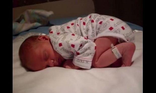 Δείτε τι έκανε αυτό το νεογέννητο να ξυπνήσει!(βίντεο)