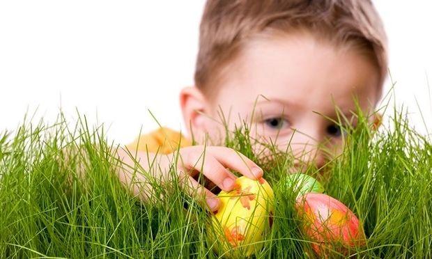 Πάσχα: Βάψτε αυγά με τα παιδιά σας και διασκεδάστε!
