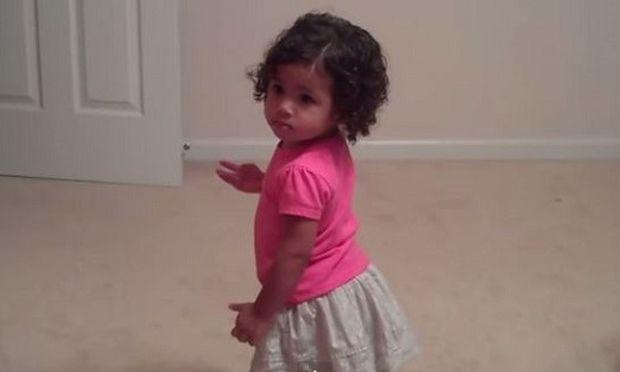 Ακόμη και η Μπιγιονσέ θα ζήλευε τις κινήσεις αυτής της μικρής. Δείτε τι εννοούμε!(βίντεο)